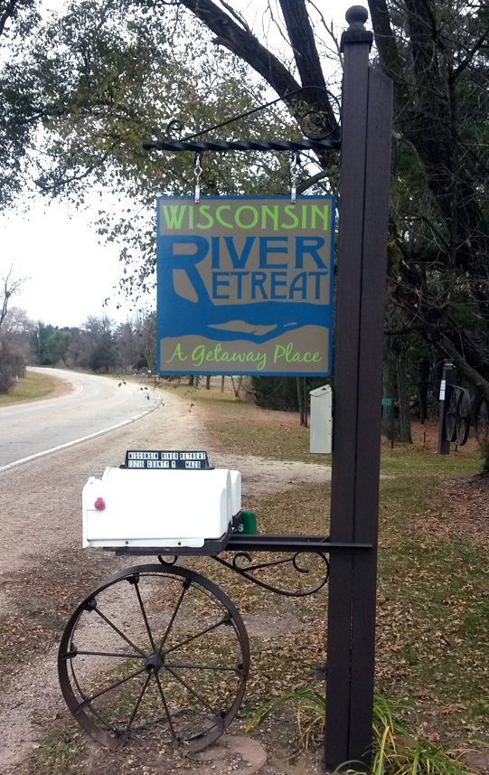 Wisconsin River Retreat Welcome Mailbox
